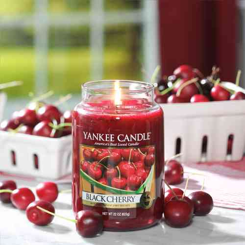 "Yankee Candle ""Black Cherry"" Large 1129749E"